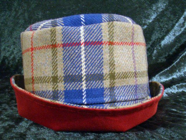 MacKessog tartan ladies' reversible hat